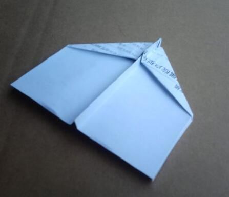 天空之王纸飞机折法