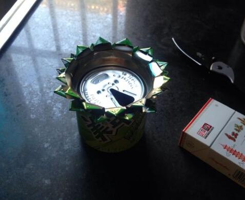 易拉罐做烟灰缸