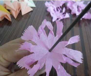 康乃馨手工折纸详细图解步骤
