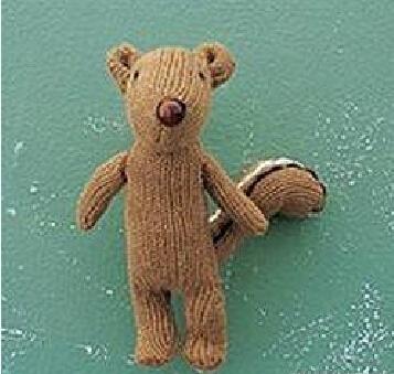 废旧手套做小熊