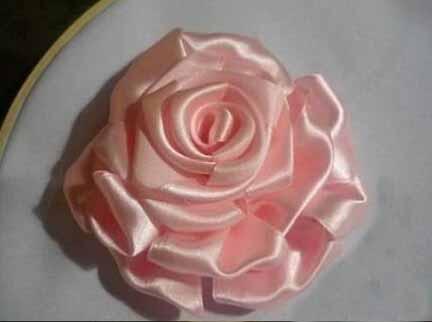 牡丹玫瑰丝带绣法