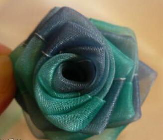丝带玫瑰的做法