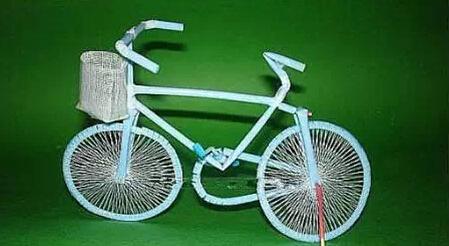 创意就在身边,DIY吸管自行车!
