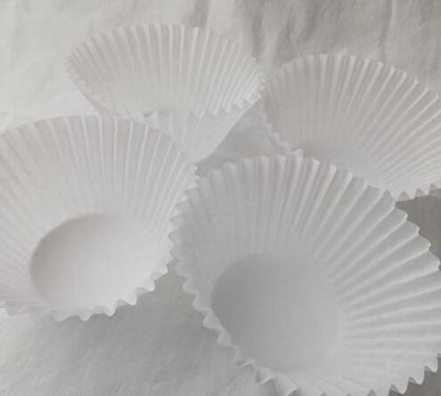 蛋糕托DIY制作漂亮蝴蝶小饰品