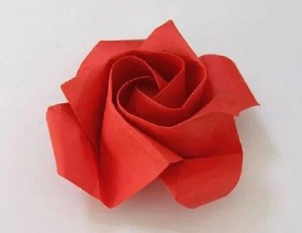 520专属折纸玫瑰
