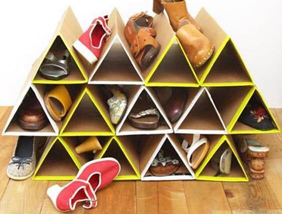废旧纸板做三角多功能收纳鞋架
