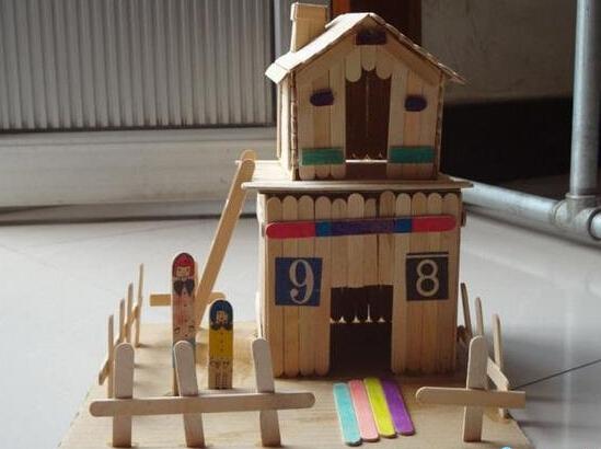 雪糕棍制作小木屋