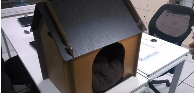 手工制作如何将简易狗窝改造成舒适暖冬猫窝